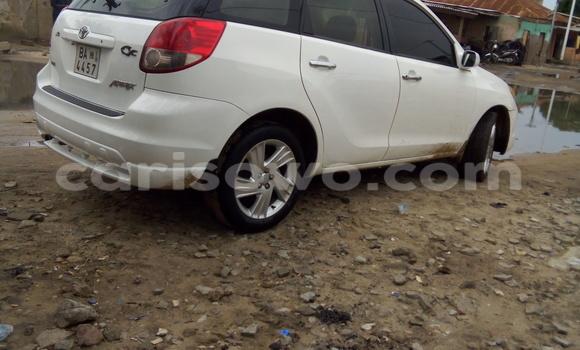 Acheter Occasion Voiture Toyota Matrix Blanc à Malanville au Benin