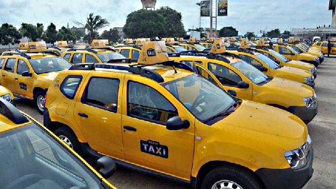 B nin taxis